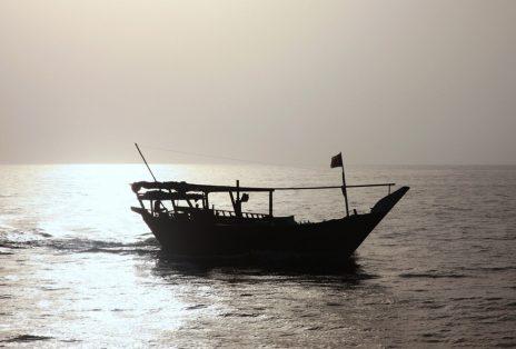 975x660_13_boat_to_leema